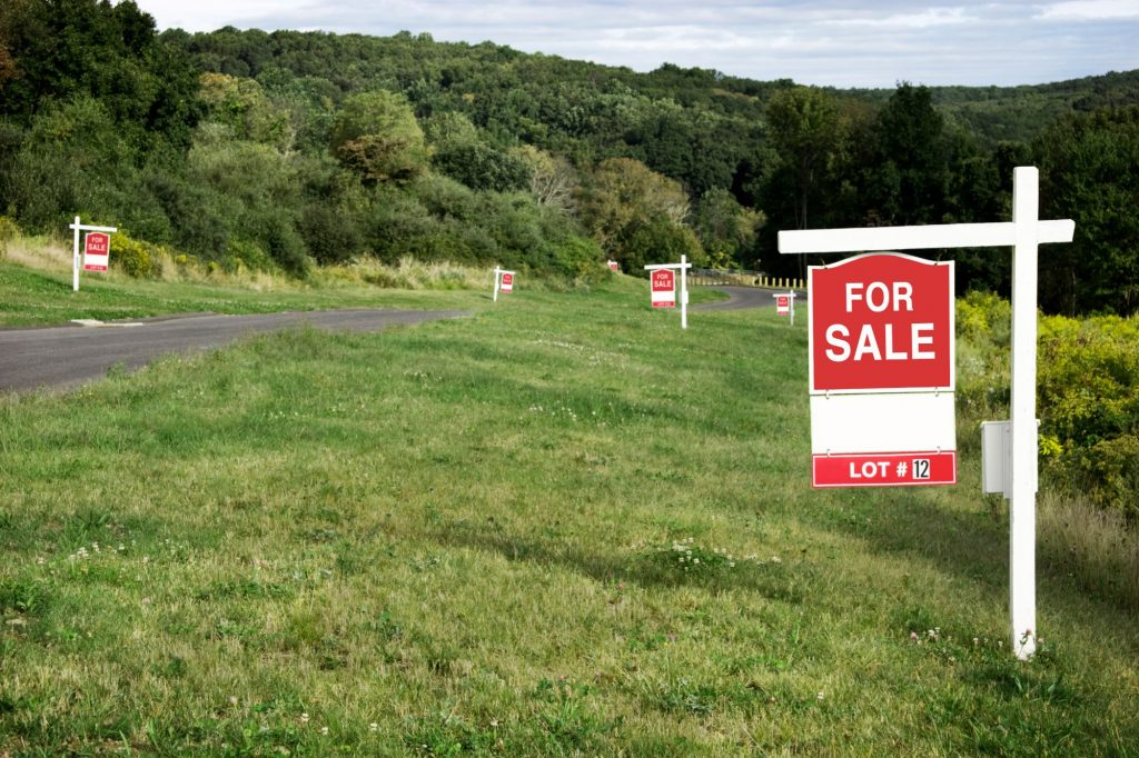 for sale sign of land